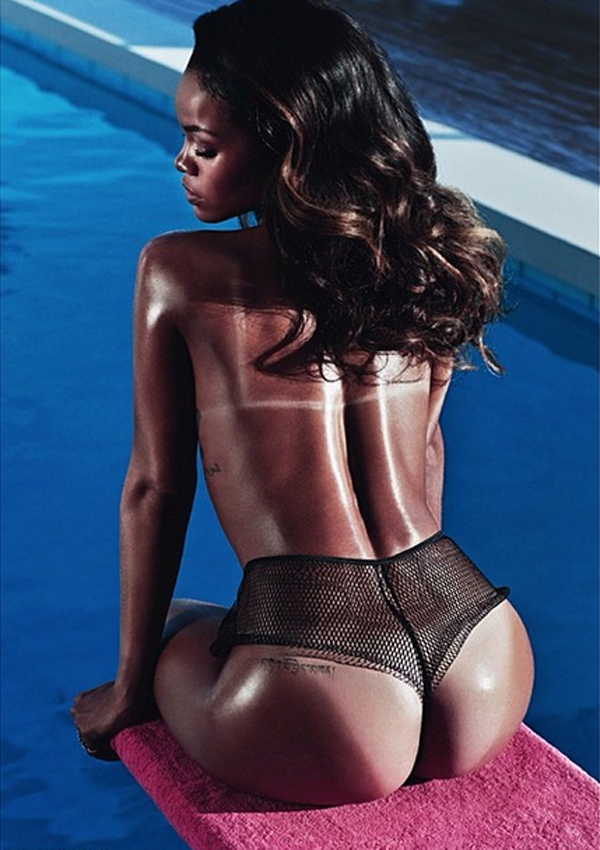rihanna-ass-tan-lines-lui-magazing